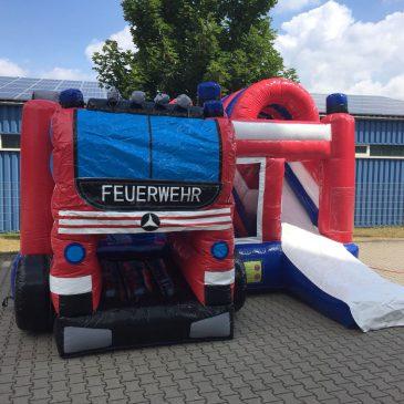 Neue Feuerwehr-Hüpfburg